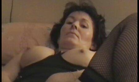 Viens ici et sex francais mere fils regarde ma culotte JOI
